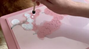 Painting in the white flowers