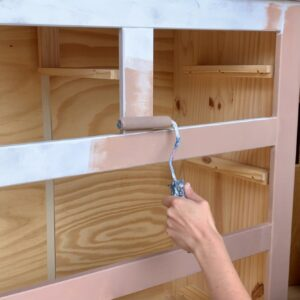 The drawers when painting the first coat of Damask
