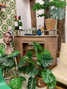 MamaRumba's bar staging